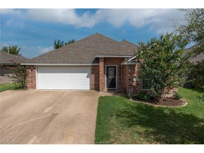 College Station Single Family Home For Sale: 911 Turtle Dove