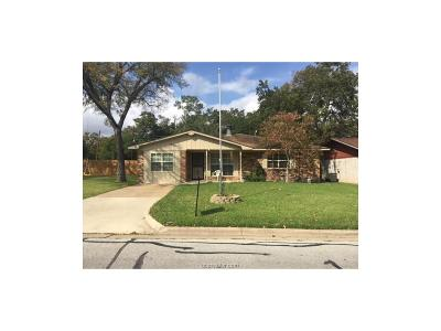 Bryan , College Station Single Family Home For Sale: 3001 Candy Lane