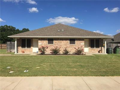 Brazos County Multi Family Home For Sale: 2801-03 Hard Rock