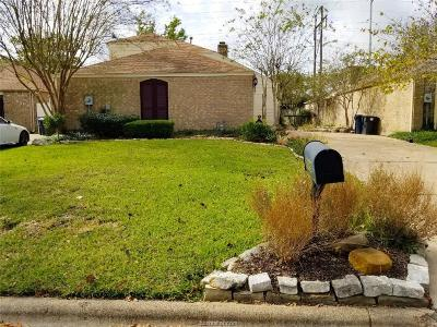 College Station Single Family Home For Sale: 8106 Butler Ridge Drive