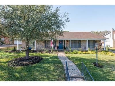 Bryan Single Family Home For Sale: 2511 Towering Oaks Drive
