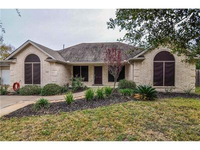 College Station Single Family Home For Sale: 900 Holleman Drive