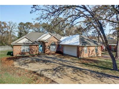 Bryan Single Family Home For Sale: 2311 North Pioneer
