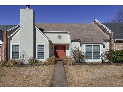 Bryan Condo/Townhouse For Sale: 912 Bob White