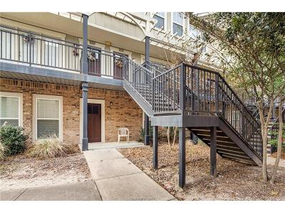 College Station Condo/Townhouse For Sale: 1725 Harvey Mitchell #2322