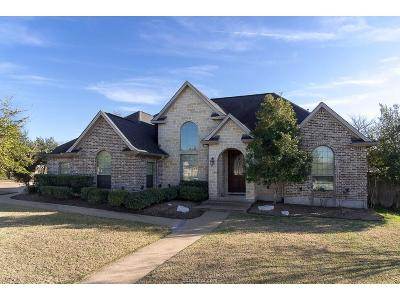 College Station Single Family Home For Sale: 2406 Newark Circle