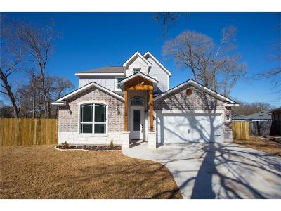 College Station Single Family Home For Sale: 2707 Greenberry Court