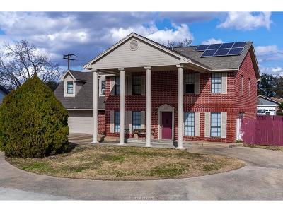 Bryan Single Family Home For Sale: 2605 Briar Oaks Drive