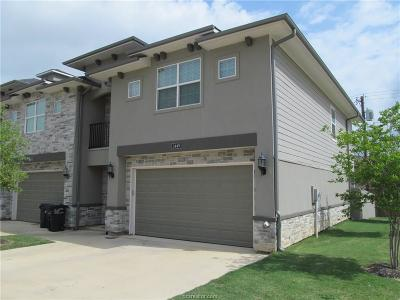 College Station Condo/Townhouse For Sale: 3449 Summerway Drive