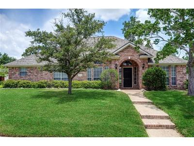 College Station Single Family Home For Sale: 4719 Shoal Creek Drive