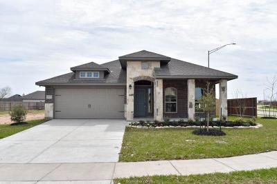 College Station Single Family Home For Sale: 4100 Bridgewood Court