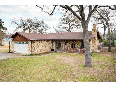 College Station Single Family Home For Sale: 902 Val Verde Drive