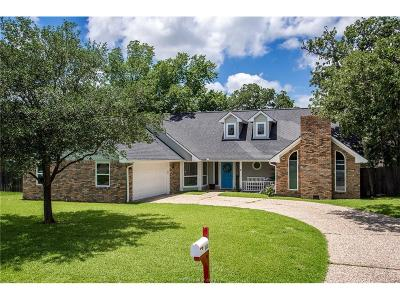 College Station Single Family Home For Sale: 1803 Rosebud Court