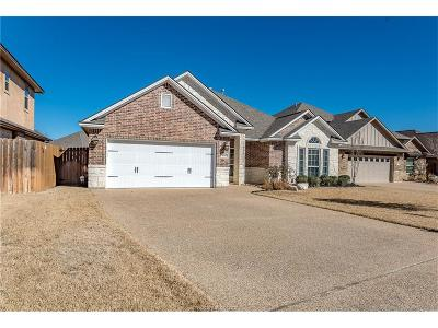 College Station Single Family Home For Sale: 4112 Rocky Mountain Court