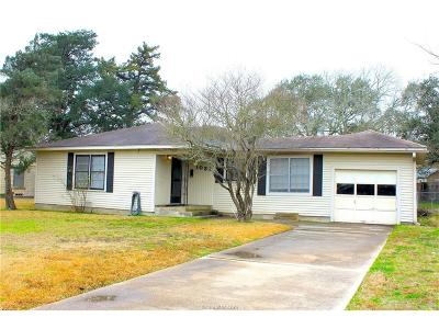 Brazos County Single Family Home For Sale: 1032 Walton Drive