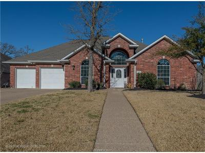 College Station Single Family Home For Sale: 305 Stoney Hills Court