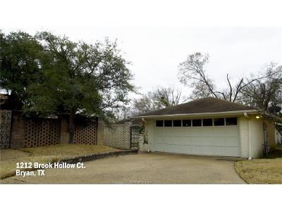 Bryan Single Family Home For Sale: 1212 Brook Hollow Court