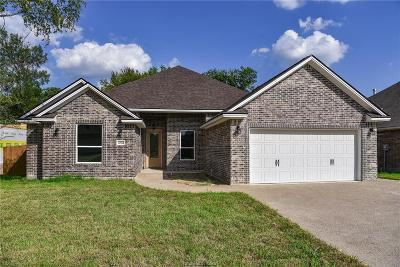 Single Family Home For Sale: 3002 Embers Loop