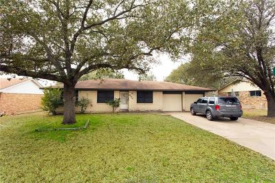Brazos County Single Family Home For Sale: 402 Madeline Drive