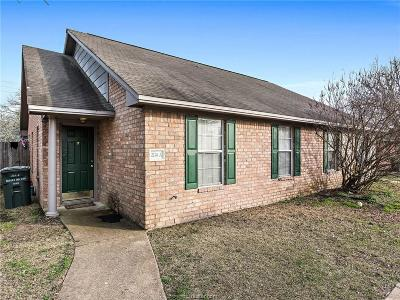 Bryan , College Station Multi Family Home For Sale: 2114 Hidden Hollow Circle #A/B