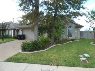 College Station Single Family Home For Sale: 1457 Fincastle
