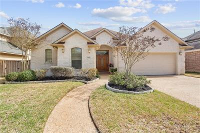 Castlegate Single Family Home For Sale: 2415 Norham Drive