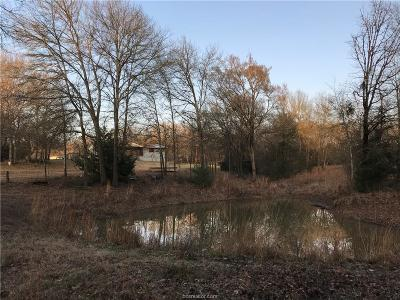 Hearne Single Family Home For Sale: (+/- 6.30 Ac) 4519 Winding Rd
