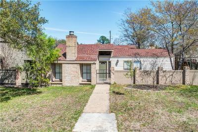 Bryan Single Family Home For Sale: 2609 Rustling Oaks Drive