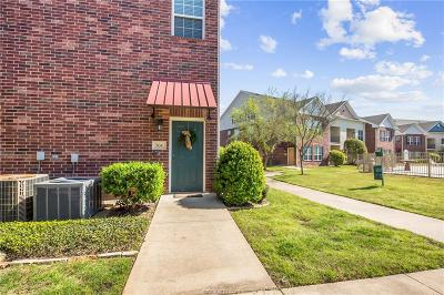 College Station Condo/Townhouse For Sale: 801 Luther Street #504