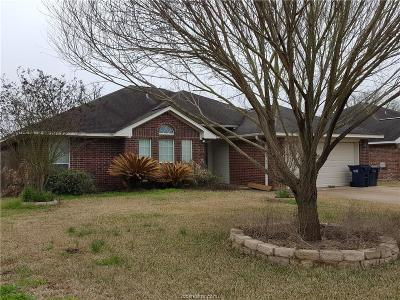 College Station Single Family Home For Sale: 1304 Norfolk Court
