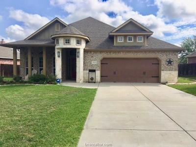 College Station Single Family Home For Sale: 4303 Parnell Drive