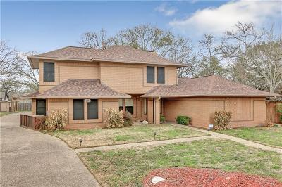 Single Family Home For Sale: 1205 Deacon Drive