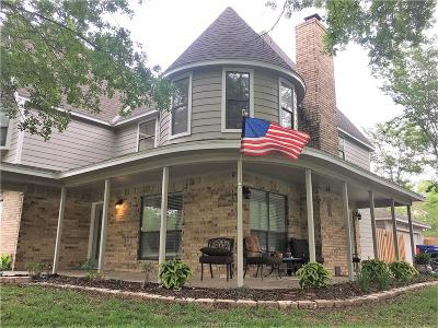 Bryan , College Station  Single Family Home For Sale: 8111 Bunker Hill Court