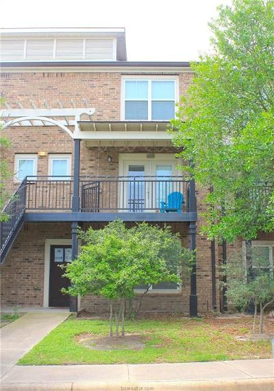 College Station Condo/Townhouse For Sale: 1725 Harvey Mitchell #1430