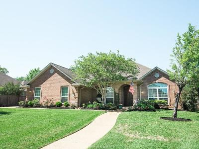 Brazos County Single Family Home For Sale: 815 Holston Hills Drive