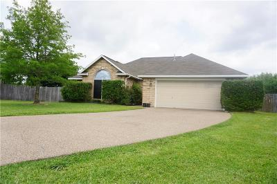 College Station Single Family Home For Sale: 3702 Chantal Circle