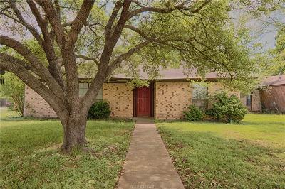 College Station Single Family Home For Sale: 1702 Treehouse