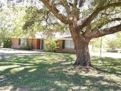 College Station Single Family Home For Sale: 300 Francis Drive