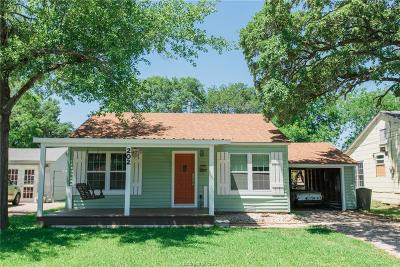 Bryan Single Family Home For Sale: 202 Bizzell Street
