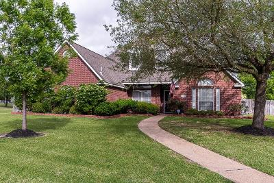 College Station Single Family Home For Sale: 701 Putter Court