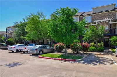 College Station Condo/Townhouse For Sale: 1725 Harvey Mitchell #1925