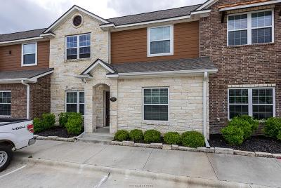 College Station Condo/Townhouse For Sale: 301 Southwest Parkway #353