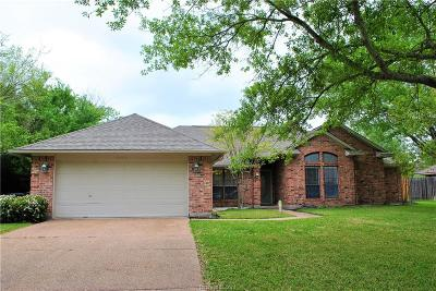 Southwood Valley Single Family Home For Sale: 2913 Cortez Court