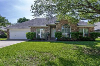 College Station Single Family Home For Sale: 704 Hasselt Street