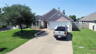 College Station Single Family Home For Sale: 3711 Essen