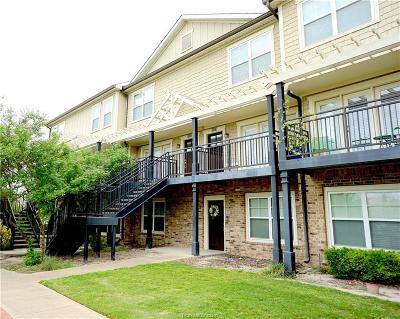 College Station Condo/Townhouse For Sale: 1725 Harvey Mitchell #2122