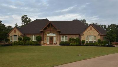 College Station Single Family Home For Sale: 3926 Arboleda Drive