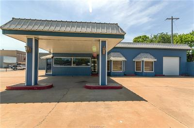 Hearne TX Commercial For Sale: $205,000