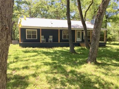 Burleson County Single Family Home For Sale: 110 Berry Creek Drive