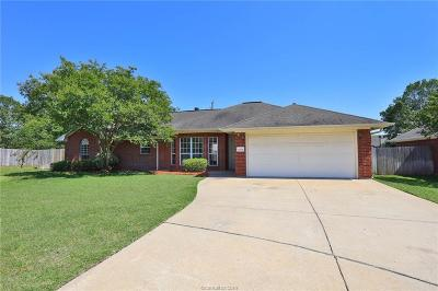 Bryan , College Station  Single Family Home For Sale: 6204 Stratford